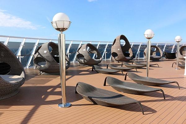Le solarium situé au pont le plus haut du navire