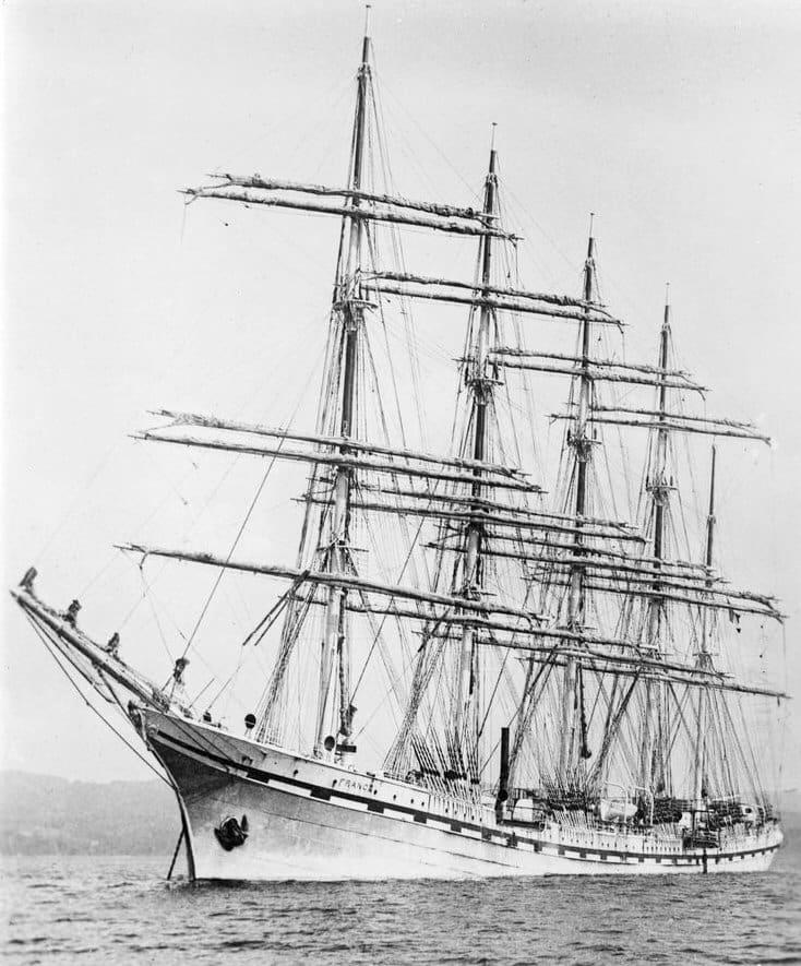 Le voilier France II, lancé en 1919
