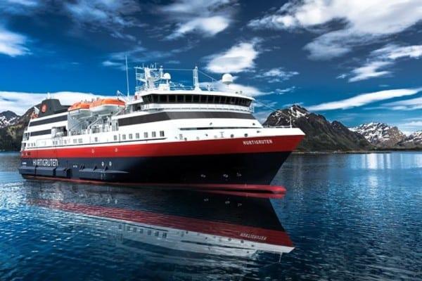 navire hurtigruten en norvège