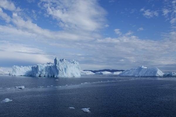 Icebergs dans la baie de Disko