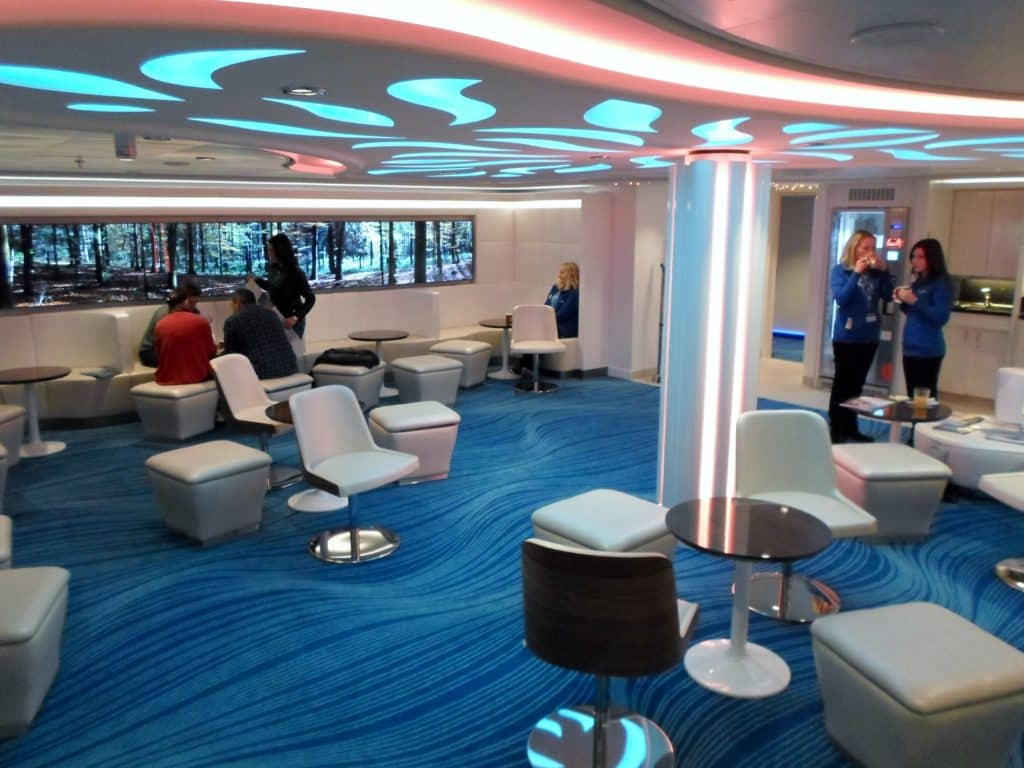 Le Studio lounge du Norwegian Escape ©‎ Thomas Azur Croisières