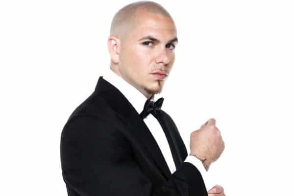 Le chanteur Pitbull, parrain du Norwegian Escape