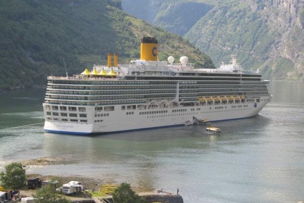 Costa Deliziosa en escale dans le fjord de Geiranger © D.R