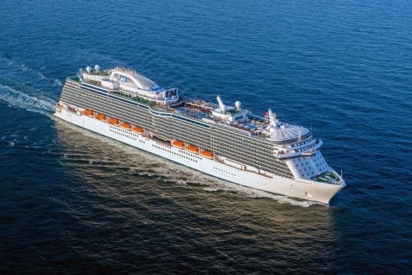 Royal Princess lors de ses essais en Adriatique © Princess Cruises