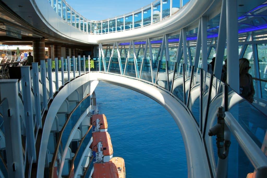 Royal-Princess-Cruise-Paquebot-Promenade SeaWalk