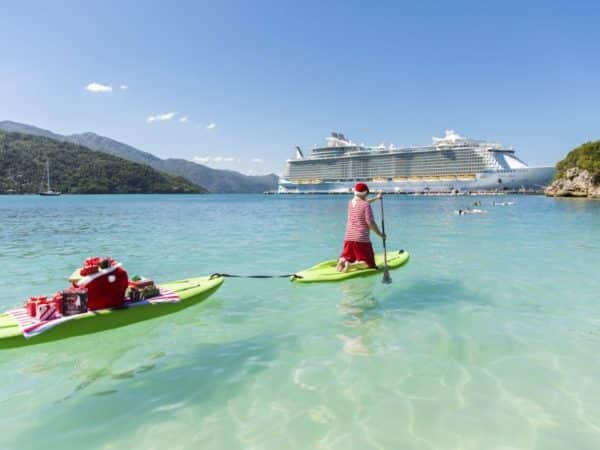croisière-noel-royal-caribbean-pere-noel-theme-vacances-2