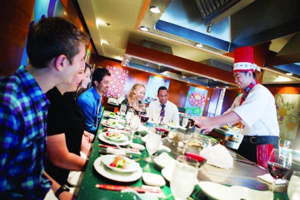 Restaurant teppanyaki en supplément sur un navire NCL