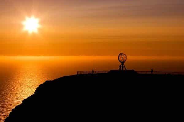 Le Cap Nord sous le Soleil de Minuit